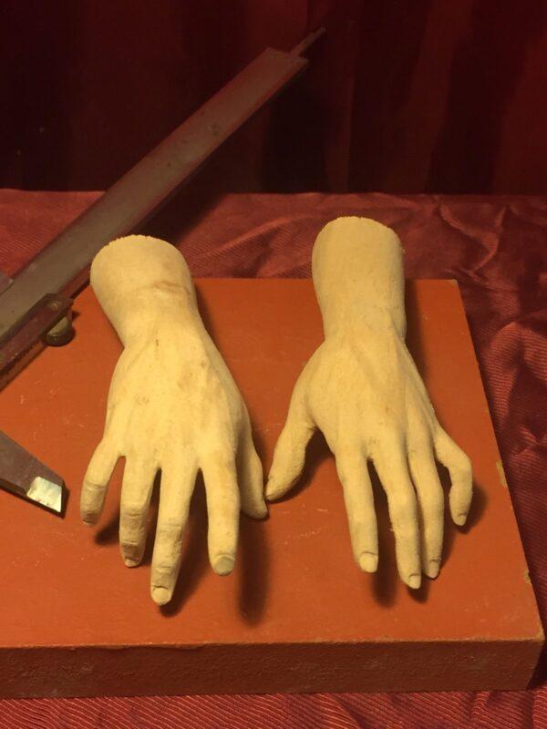 wood-hands